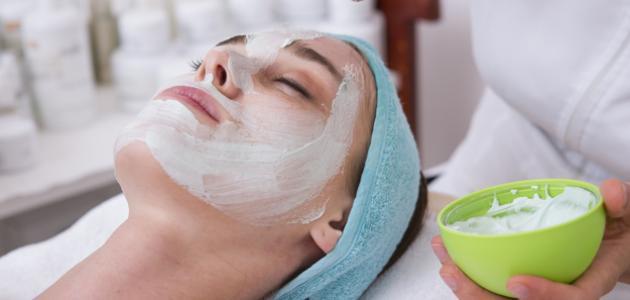 طريقة عمل قناع لتنظيف الوجه