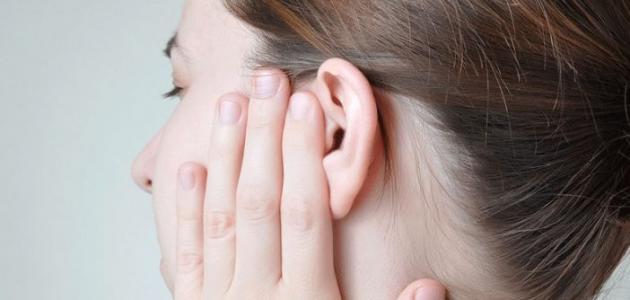 علاج ثقب طبلة الأذن - فيديو