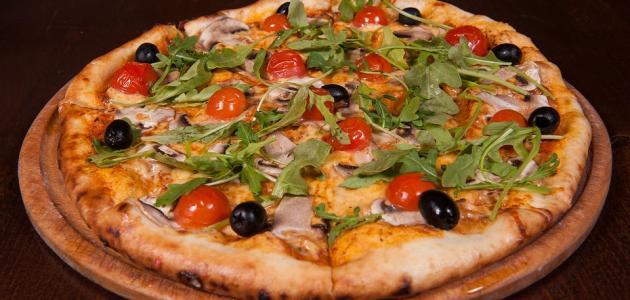 طريقة عمل عجينة البيتزا والمعجنات