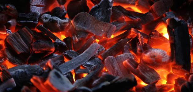 طريقة إشعال الفحم بسرعة