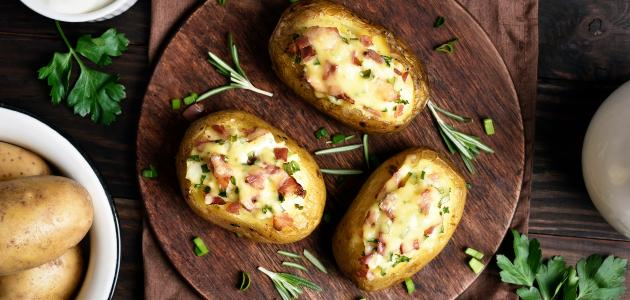 طريقة عمل صينية البطاطس المحشية لحمة مفرومة