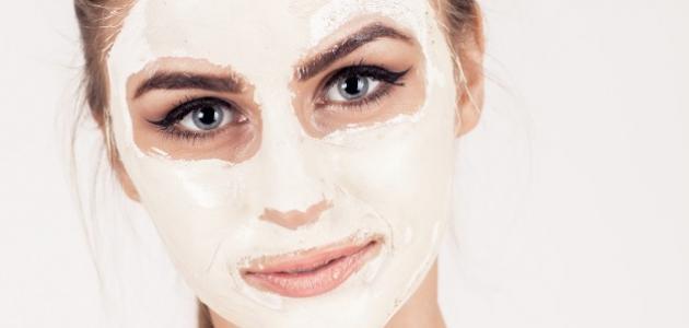 طريقة عمل ماسكات لتفتيح الوجه