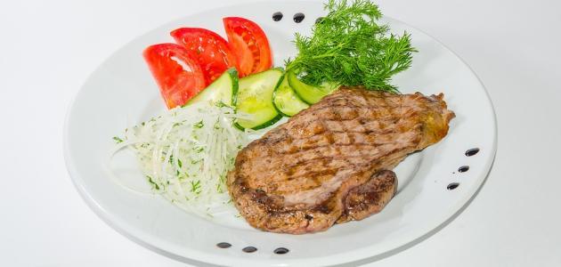 طريقة عمل ستيك اللحم مع الصوص