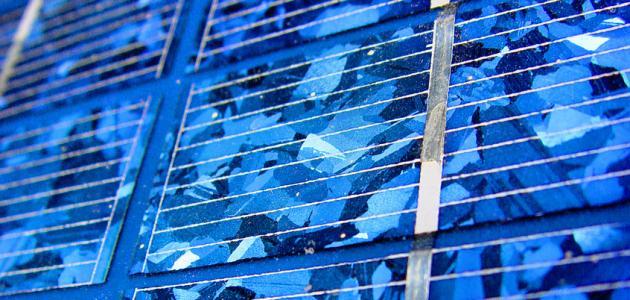 طريقة عمل خلية شمسية
