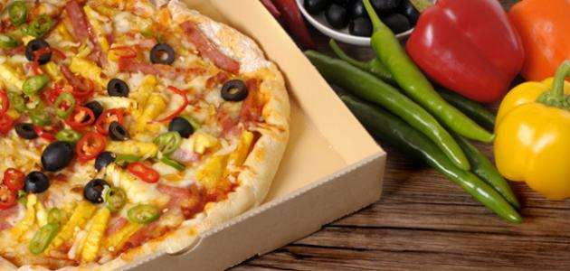 طريقة عمل بيتزا فاهيتا الدجاج