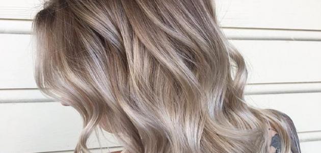 طريقة صبغ الشعر أشقر رمادي متوسط