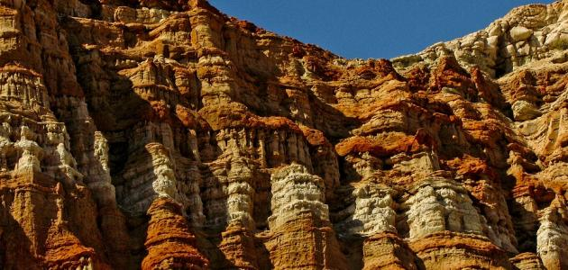 ظاهرة الحت على المناظر الجيولوجية