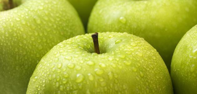 فوائد التفاح الأخضر للسكر