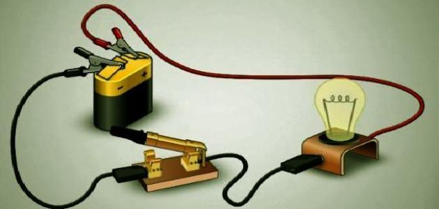 طريقة عمل دائرة كهربائية بسيطة