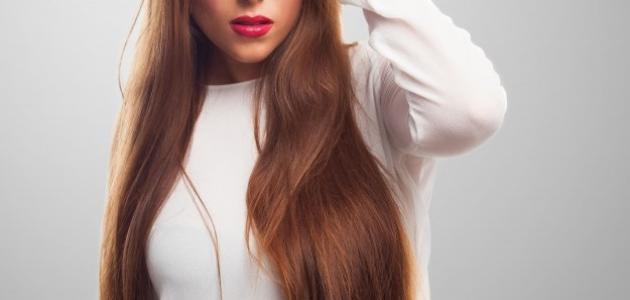 فرد الشعر بطريقة صحية