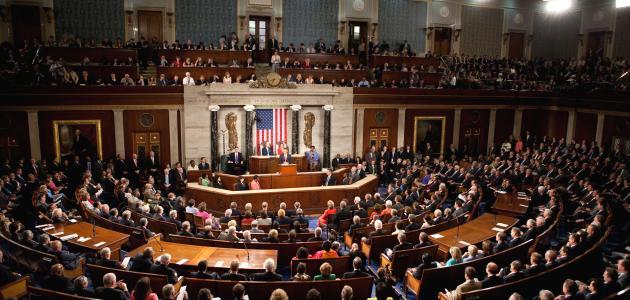 مم يتكون مجلس الكونجرس الأمريكي