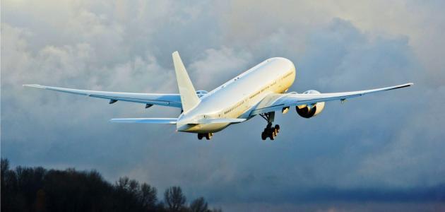 ما هي سرعة الطائرة عند الاقلاع