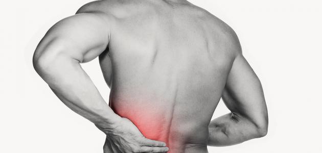 ما هي أعراض انزلاق الظهر