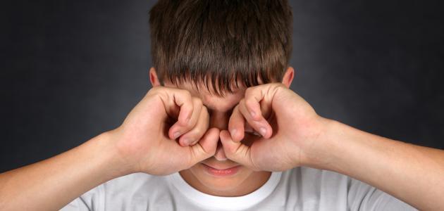 ما هي أسباب زغللة العين