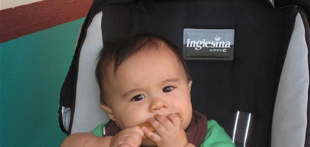 تغذية الطفل في الشهر الرابع