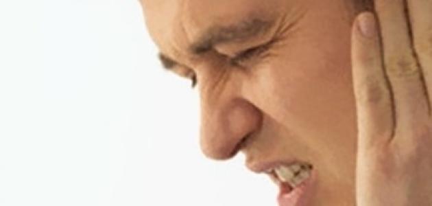 ما هو علاج طنين الأذن