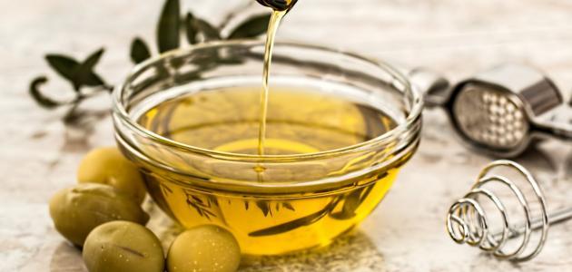 فوائد زيت الزيتون لعلاج حب الشباب