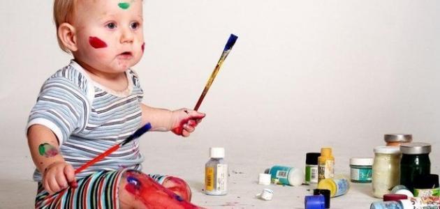 كيفية تنمية مهارات الطفل الرضيع