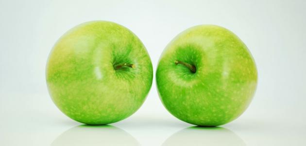 مكونات التفاح الأخضر