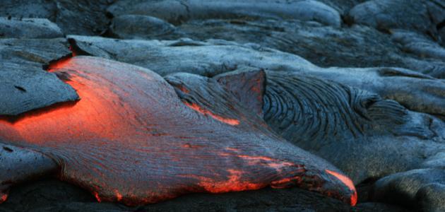كيفية ثوران البركان