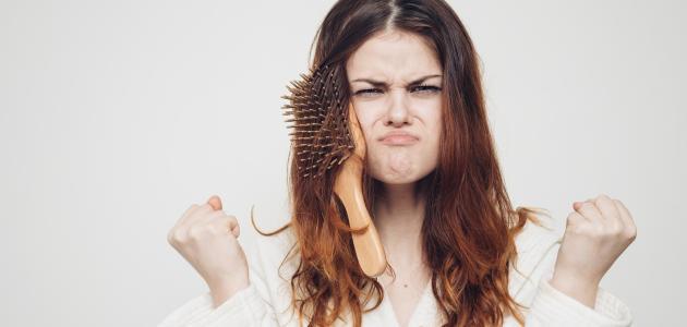 كيفية تمشيط الشعر المتشابك