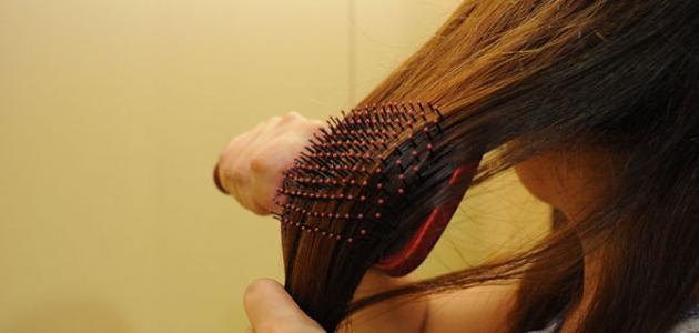 كيفية تمشيط الشعر الطويل