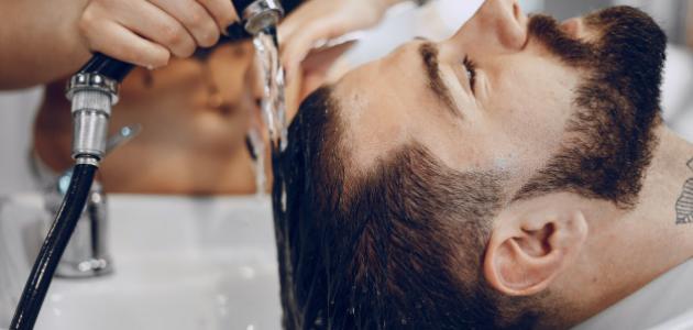 كيفية جعل الشعر ناعماً للشباب