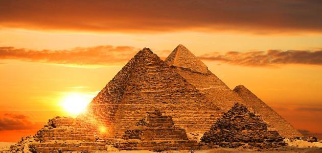موضوع تعبير عن آثار مصر
