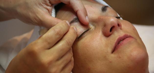 علاج تساقط شعر الحواجب