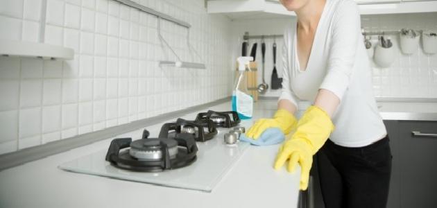 كيفية تنظيف عيون الغاز