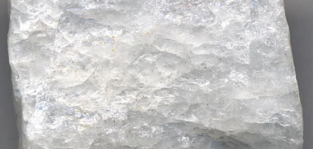 خصائص معدن الكوارتز