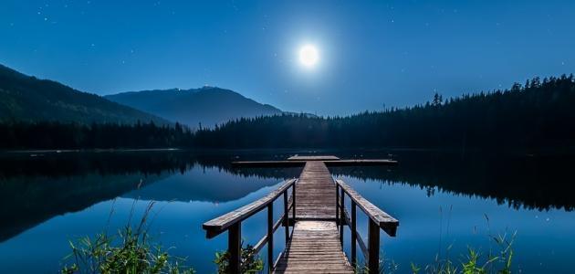 كلام جميل عن ضوء القمر