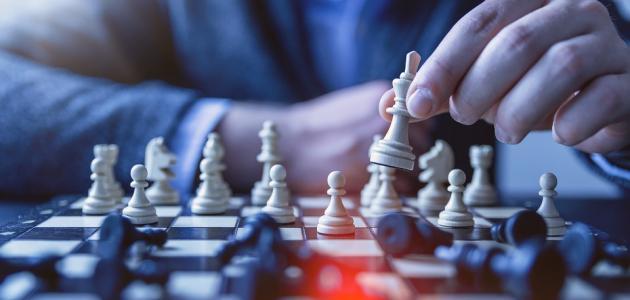 النظرية الواقعية السياسية ونظريتي اتخاذ القرار والمباراة