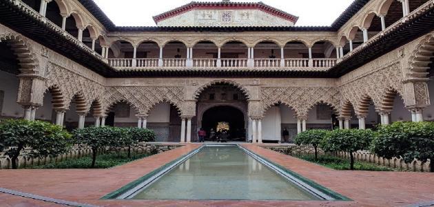 خصائص ومميزات العمارة الإسلامية