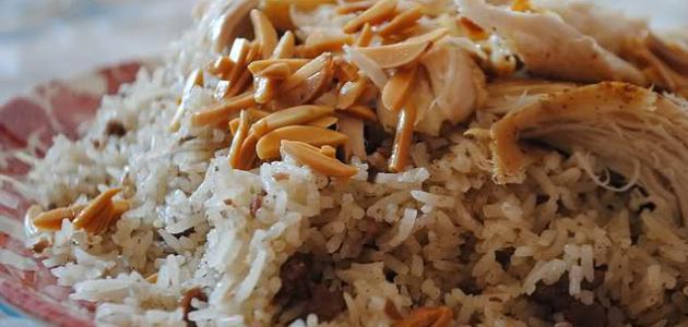 طريقة عمل الأرز الأبيض مع الدجاج