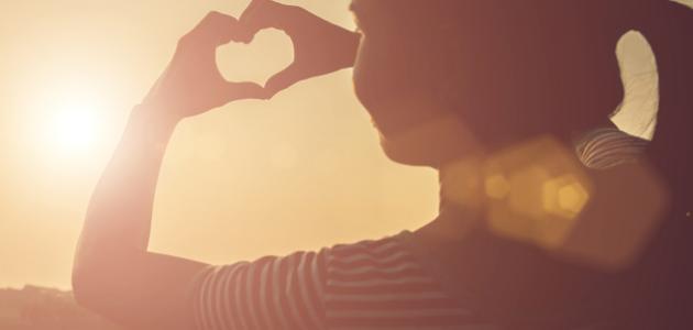ما هي علامات الحب عند الفتاة في علم النفس