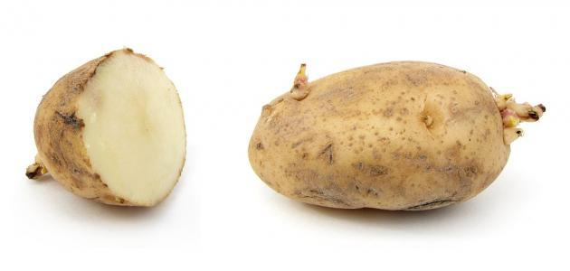 فوائد عصير البطاطس للبشرة