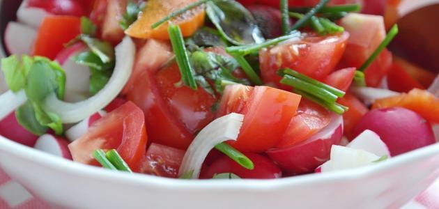 طريقة عمل سلطة الطماطم الحارة