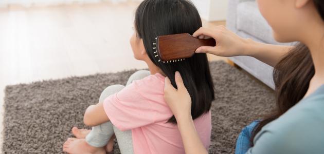 طرق تكثيف شعر الأطفال