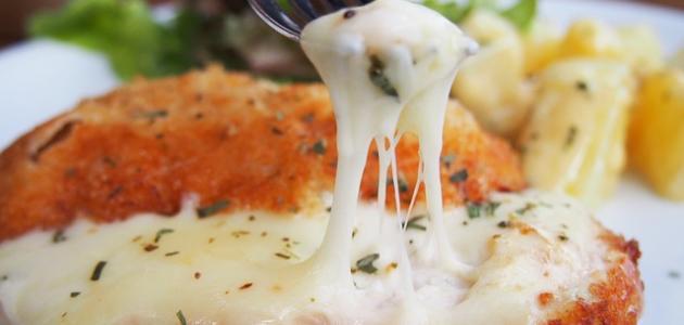 طريقة عمل صدور الدجاج بالجبنة