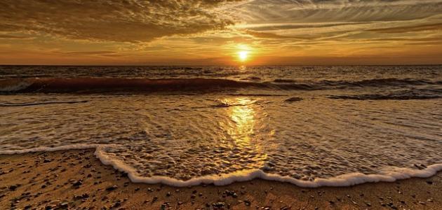 عبارات جميلة عن غروب الشمس موضوع