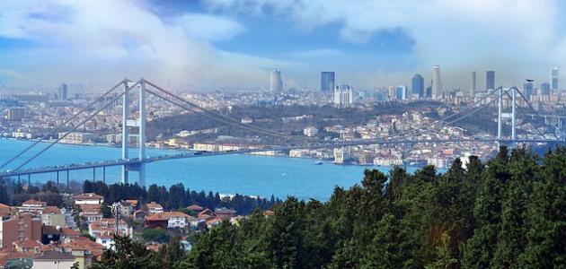 كم تبعد فتحية عن إسطنبول