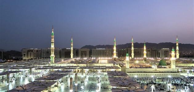 كم تبعد المدينة عن الرياض