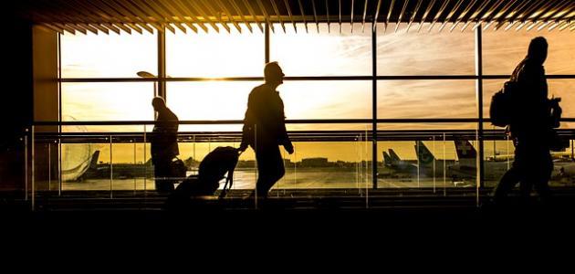 ما يقال للعائد من السفر