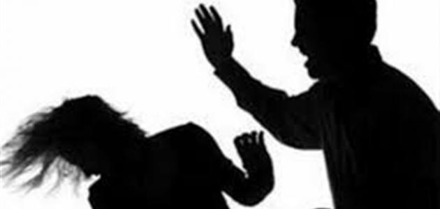 لماذا يضرب الزوج زوجته