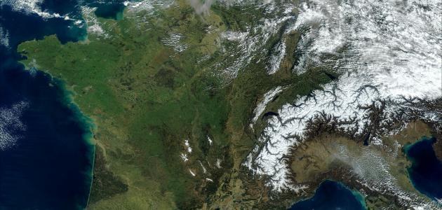 بحث عن تشكيل سطح الأرض