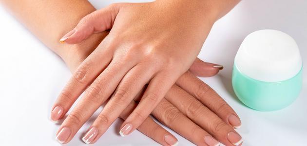 أسرع طريقة لتنعيم اليدين