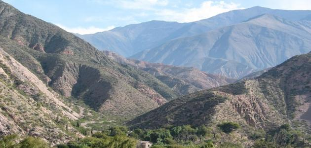 أين تقع جبال الانديز