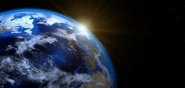 بحث عن دوران الأرض حول نفسها وحول الشمس