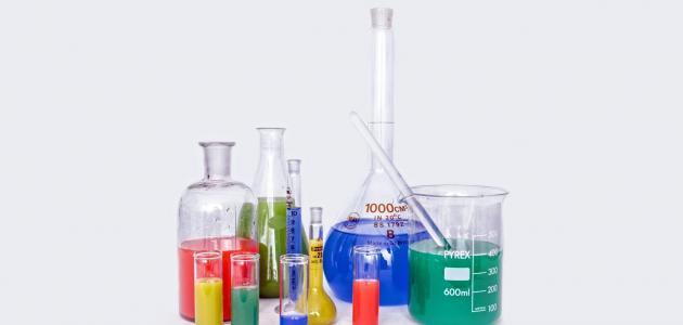 بحث عن خواص المادة الكيميائية